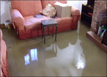 flooded_home